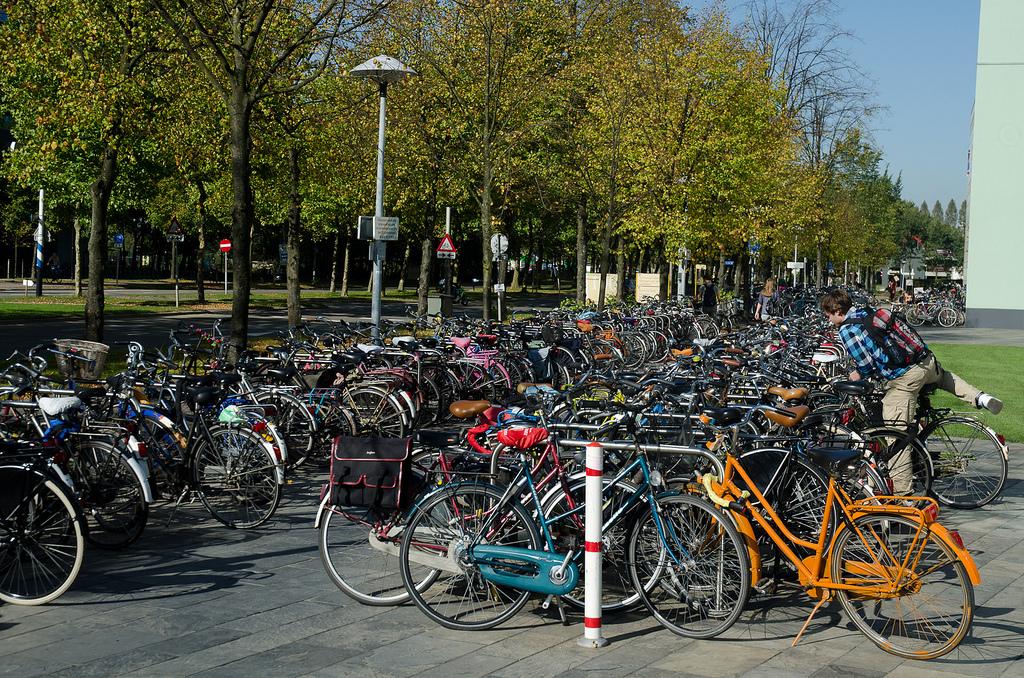 내 자전거가 견인되었거나 딱지가 붙었다면 – 네덜란드 자전거 파킹 관련 벌금과 대처방법