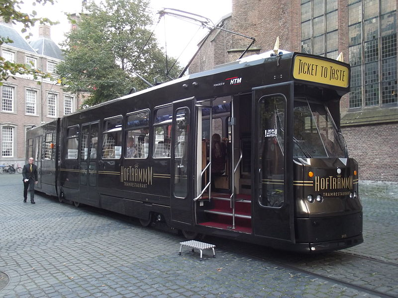 800px-Hoftrammm_in_Den_Haag_II.jpg