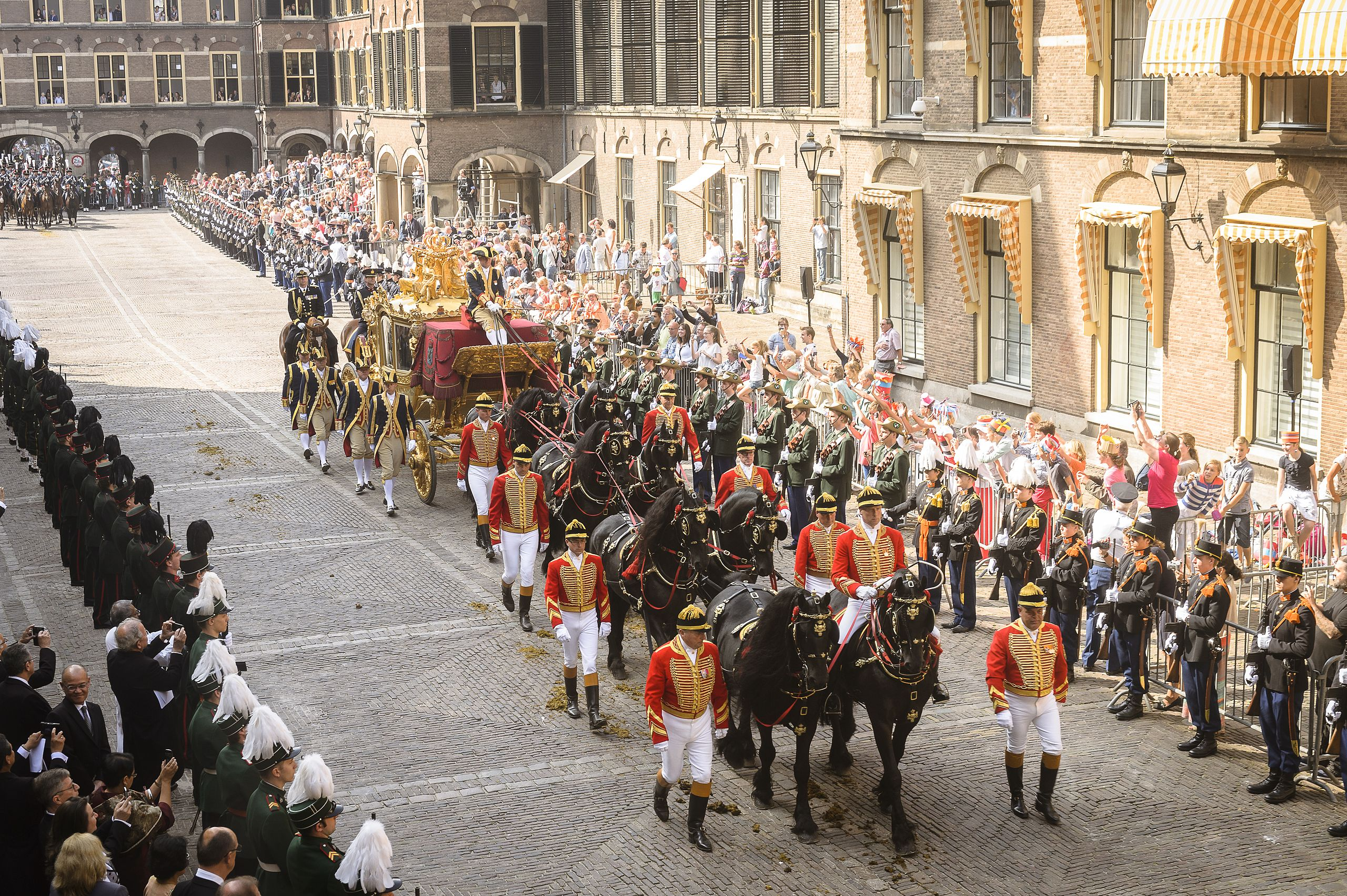 뭔가 너무 특별한 네덜란드 헤이그의 매년 9월 셋째주 화요일. Prinsjesdag의 유래와 전통