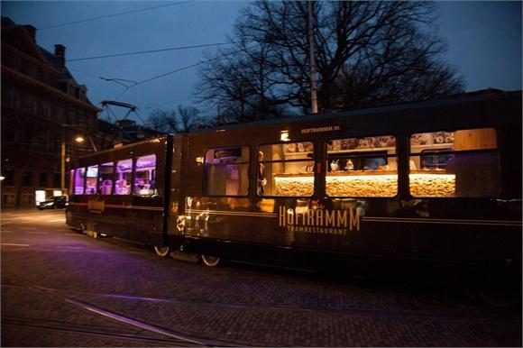 부모님께 선물로 드릴 수 있을만한 네덜란드 헤이그의 5코스 트램 레스토랑, Hoftramm