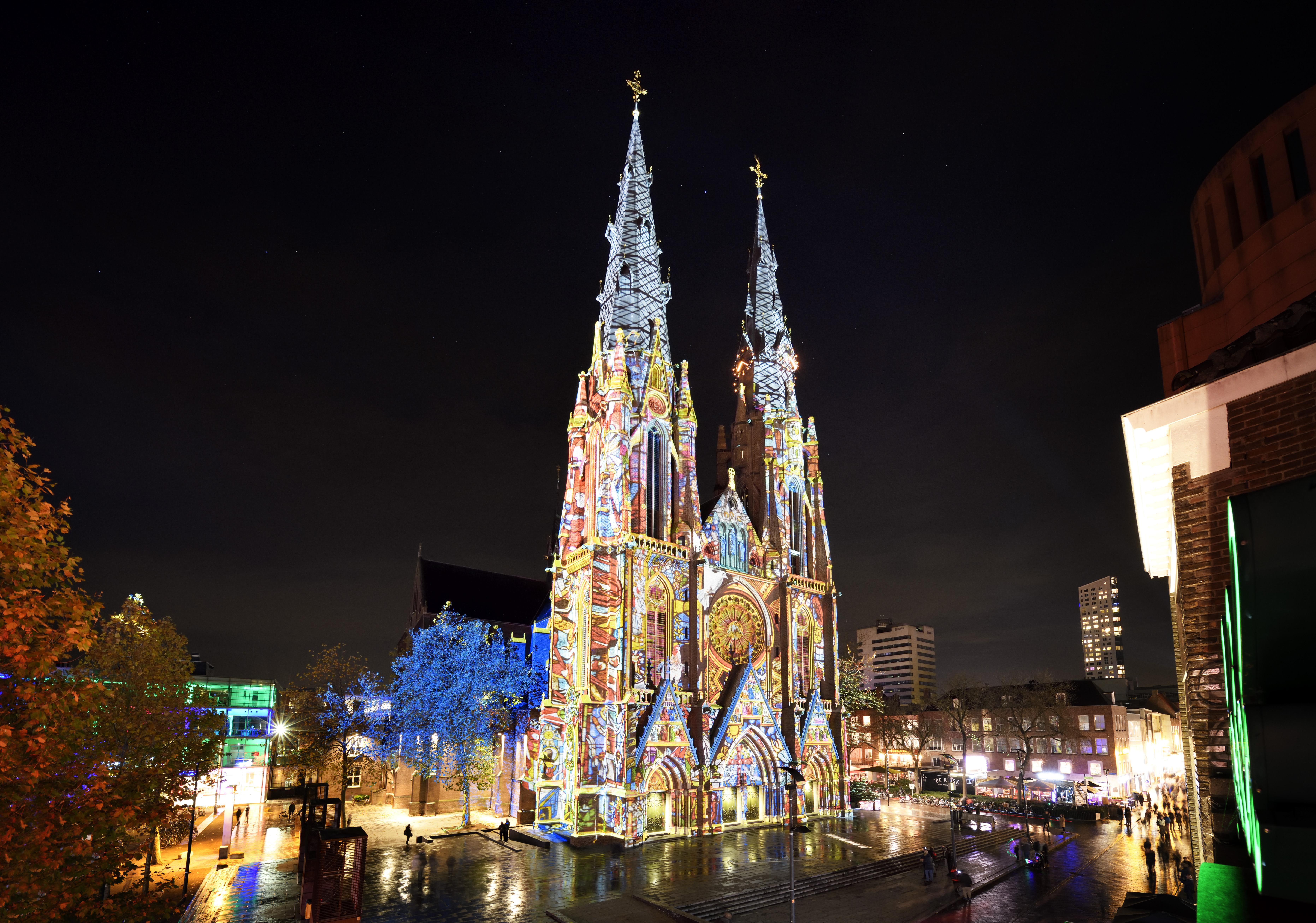 네덜란드 11월의 빛나는 밤 무료 페스티벌, 암스테르담 Light Festival과 아인트호벤 GLOW