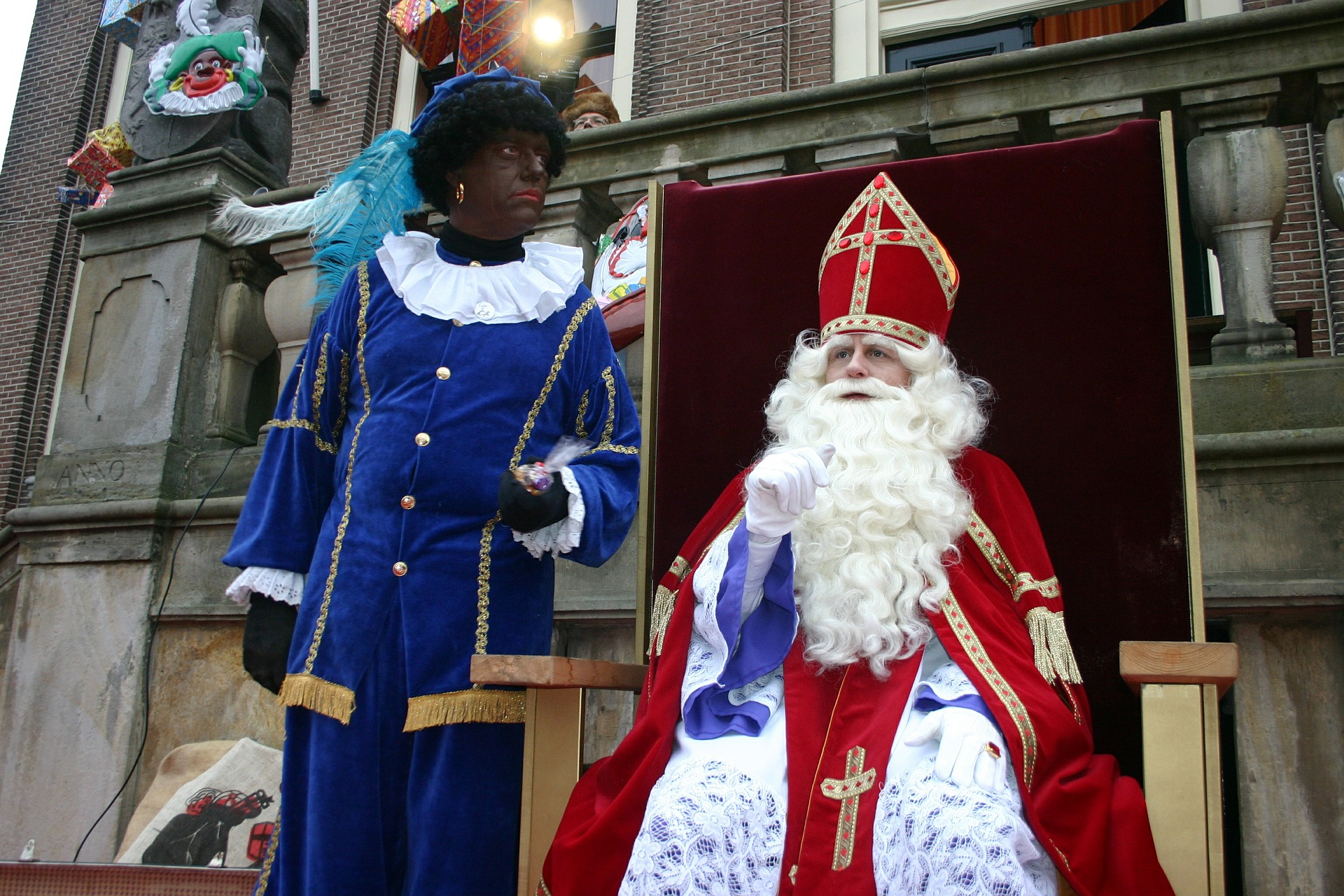sint-and-piet-559519_1920.jpg