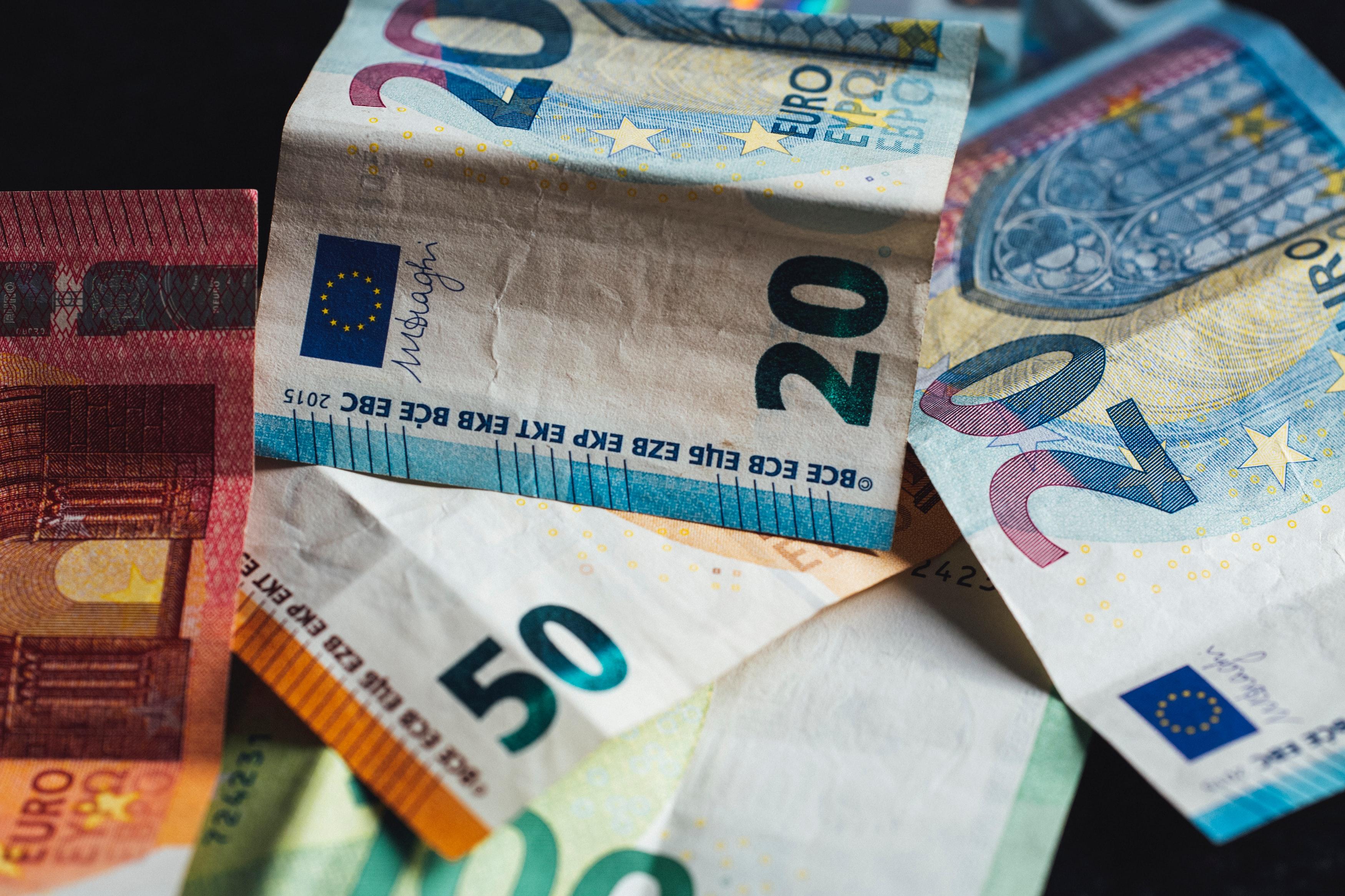 네덜란드 최저시급 계산기